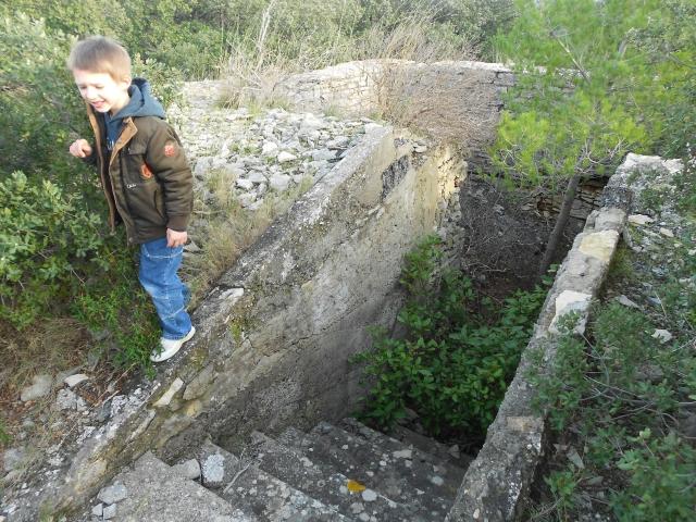 Bunker commandement d'aérodrome : Nîmes - Courbessac (30) At4q15
