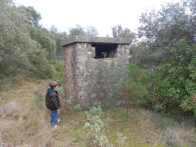 Bunker commandement d'aérodrome : Nîmes - Courbessac (30) C7p0m8