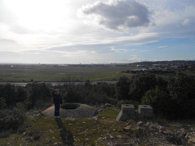 Bunker commandement d'aérodrome : Nîmes - Courbessac (30) Oib5xw