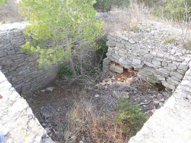 Bunker commandement d'aérodrome : Nîmes - Courbessac (30) Rk5zqi