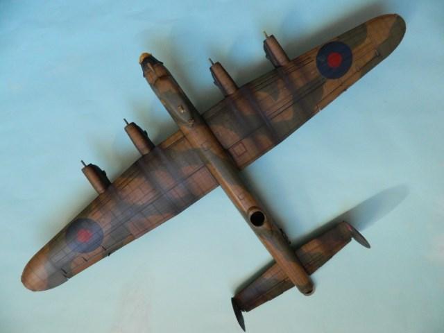 AVRO LANCASTER  Mk.III. Tamiya 1/48° - Page 13 1kb9um