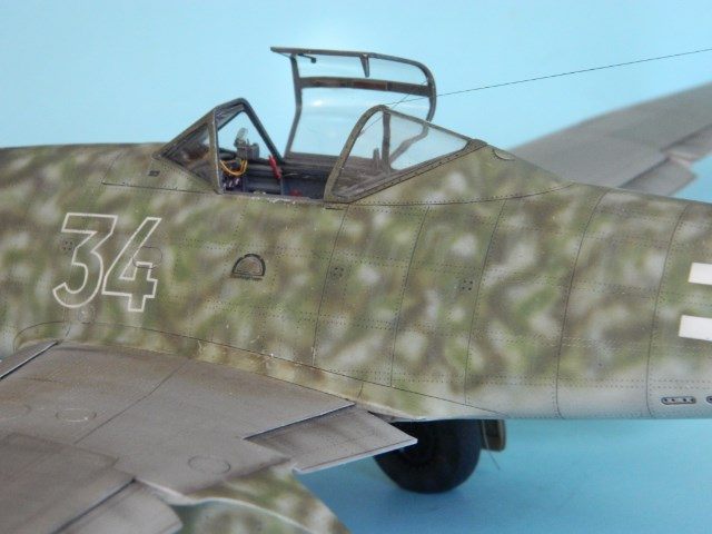 Me 262 A 1a. 1/32 Trumpeter . - Page 2 8g9u59