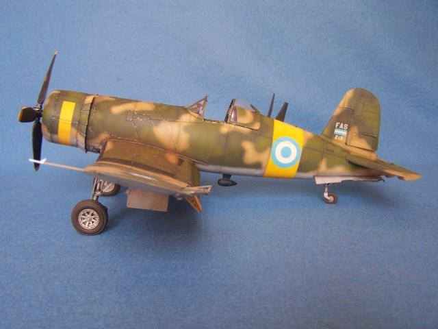 Corsair F4u-7 et Fg-1d. Dtnf05