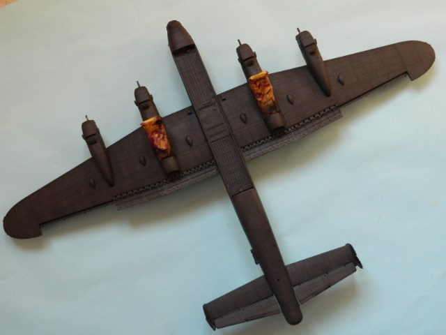 AVRO LANCASTER  Mk.III. Tamiya 1/48° - Page 10 M0wqbj