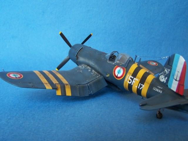 Corsair F4u-7 et Fg-1d. Oecz47