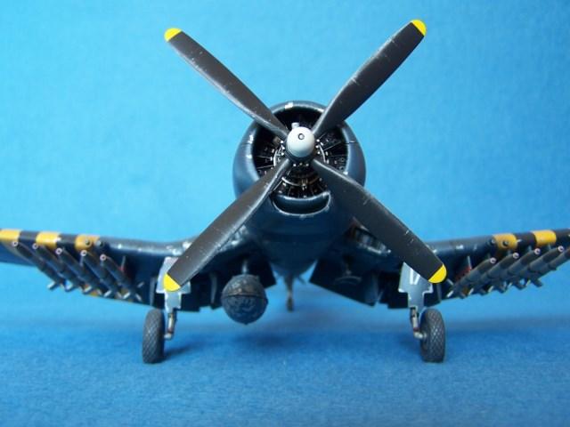 Corsair F4u-7 et Fg-1d. Xdzp8l