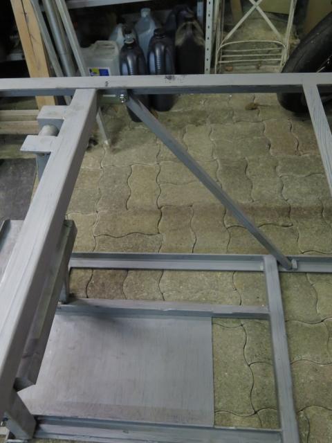 Photos de nos garages/ateliers - Page 27 S3fgb8