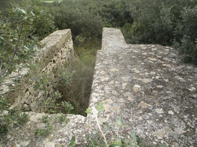 Bunker commandement d'aérodrome : Nîmes - Courbessac (30) 533ifa