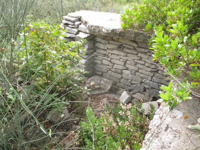 Bunker commandement d'aérodrome : Nîmes - Courbessac (30) Nmhlf3