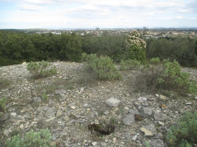 Bunker commandement d'aérodrome : Nîmes - Courbessac (30) Qdq35q