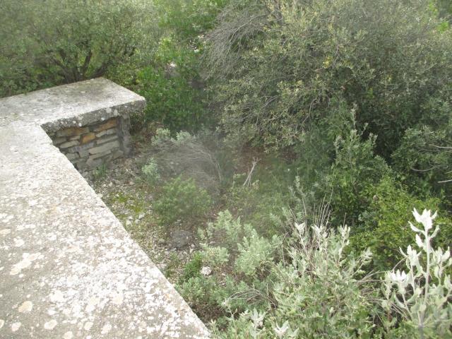 Bunker commandement d'aérodrome : Nîmes - Courbessac (30) Xhcwz6