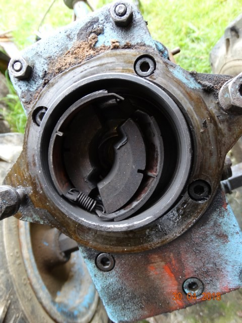 restauration - Restauration STAUB 5000M / Bernard moteurs 217 Wp0yxl