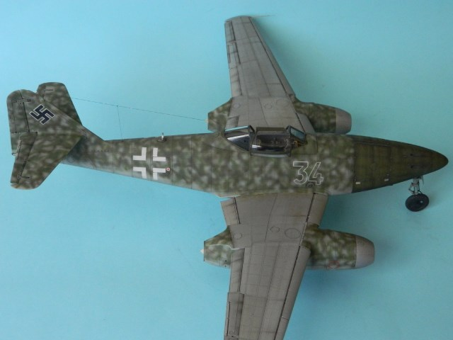 Me 262 A 1a. 1/32 Trumpeter . - Page 2 2aqrwk