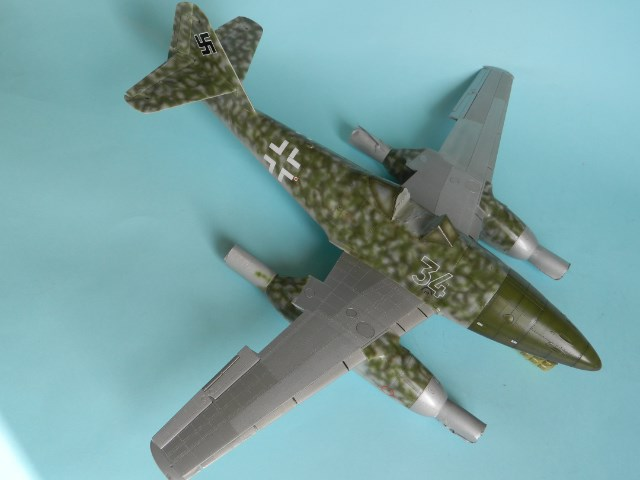 Me 262 A 1a. 1/32 Trumpeter . - Page 2 Opqad8